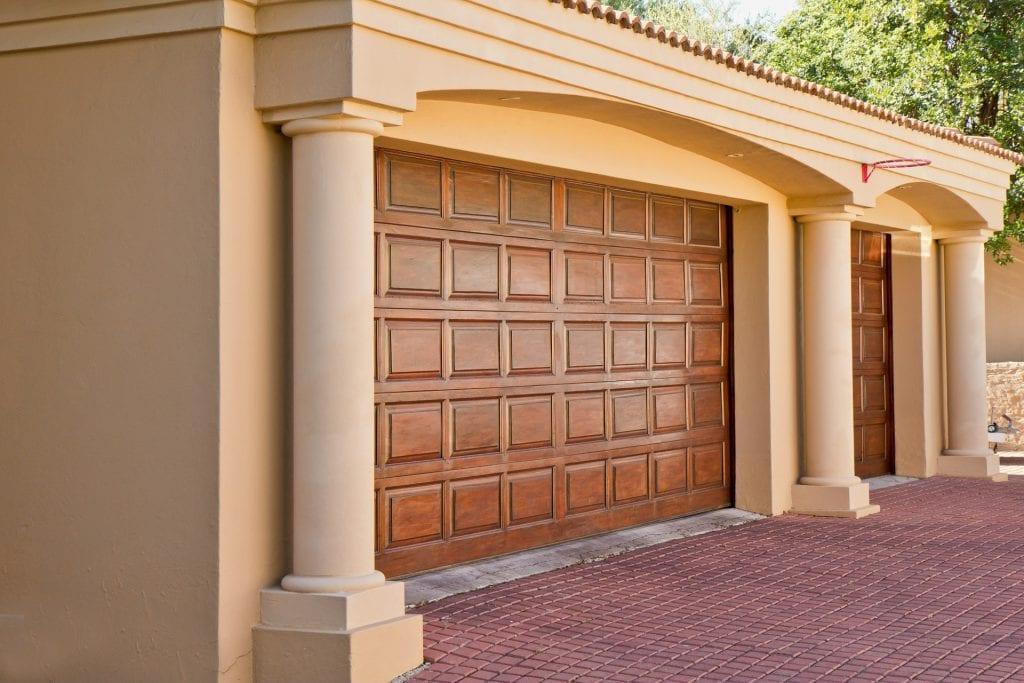 Jaka brama garażowa będzie najlepsza? Podpowiadamy!